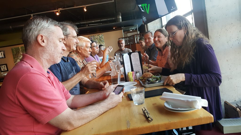 FFRF-VS group went out to eat after the meeting.